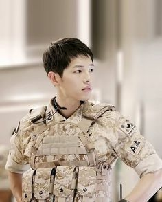 Song Joong Ki Cute, Song Joong Ki Birthday, Soon Joong Ki, Decendants Of The Sun, Sun Song, Cute Korean Boys, Korean Guys, Songsong Couple, Korean Drama Series