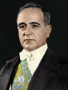 Getúlio Vargas (Força de visão de longo prazo e força de estrategista) - Presidente do Brasil.