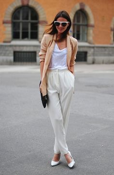 Great outfit! I have those pants in navy and black.