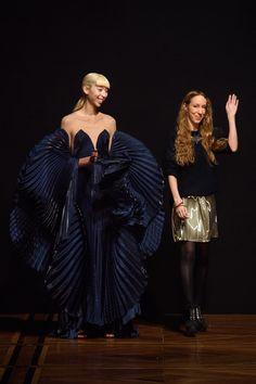 Iris Van Herpen haute couture spring 2019 - Vogue Australia Iris Van Herpen, Vogue Australia, Fasion, Glamour, Fashion Designers, Spring, Clothes, Image, Beautiful
