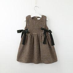 Kids Dress Wear, Dresses Kids Girl, Little Girl Outfits, Baby Dress, Kids Outfits, Baby Girl Fashion, Kids Fashion, Baby Boutique Clothing, Baby Frocks Designs