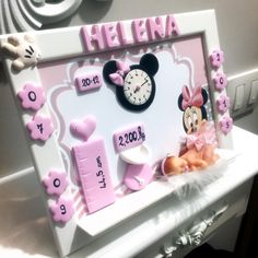Baby Shower Baskets, Baby Frame, Cardboard Art, Polymer Clay Crafts, Minnie, Shadow Box, Baby Room, Decoupage, Projects To Try
