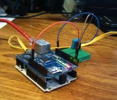 Arduino tweets temperature updates