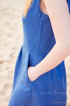 Tutoriel pour monter les fronces de la robe Belle-Il (patron de couture pour femme d'Anne Kerdilès Couture), réalisé par Claire de 36 bobines. Corsage, One Shoulder, Shoulder Dress, Dresses, Fashion, Skirt, Sewing Lessons, Sewing, Cotton