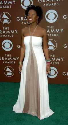 I love the dress... and the woman wearing it! India Arie<<<< Thank you!!!