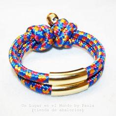 Pulsera Fashionista (cuerda y oro) Si quieres ver los materiales entra en nuestro blog http://unlugarenelmundobypaula.blogspot.com