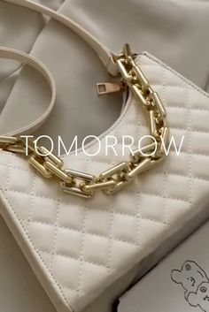 Launching Soon, Product Launch, Jewels, Lady, Collection, Shopping, Vintage, Style, Fashion