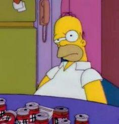 Beer is my soulmate B ee:ee R 90s Cartoons, Cartoon Memes, Cartoon Pics, Funny Memes, The Simpsons, Simpsons Meme, Hisoka, Reaction Pictures, Dumb Pictures