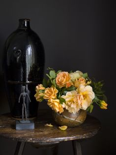 Image taken from 'Secrets of a Stylish Home' by Cate Burren with photography by Simon Whitmore www.angelandblume.com