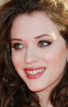 Kat Dennings is just too beautiful :D