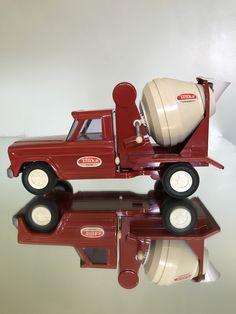 Tonka Trucks, Tonka Toys, Old Toys, Vintage Toys, Hot Wheels, Tractors, Tin, Activity Toys, Antique Toys