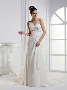 Elegant Sleeveless with Empire waist wedding dress