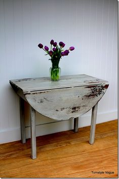 Vintage Drop Down Table - Furniture Makeover - www.turnstylevogue.com - Miss Mustard Seed Milk Paint Grain Sack