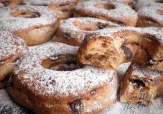 Pomerančové kroužky s čokoládou | NejRecept.cz Bagel, Doughnut, French Toast, Treats, Breakfast, Sweet, Food, Party, Sweet Like Candy