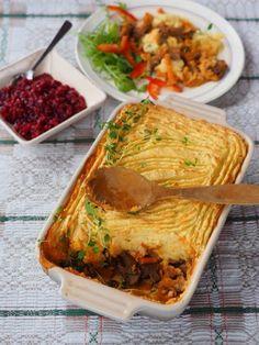 Hunters pie. Foto Arne Nohr Hunters, Lasagna, Ethnic Recipes, Food, Pai, Meal, Essen, Hoods, Meals