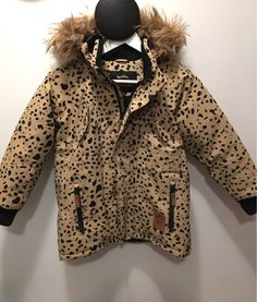 This coat from Mini Rodini was sold for 40 € in Zadaa. That's 62% less than the retail price! Try Zadaa app now: https://zadaa.co/download
