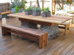 Traditional garden table and benches built using gabion baskets, refined rock and reclaimed timber. Front Yard Fence, Farm Fence, Backyard Fences, Yard Fencing, Low Fence, Lattice Fence, Fence Art, Diy Design, Fence Design