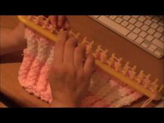 Double Twisted Rib Stitch using the knitting loom.