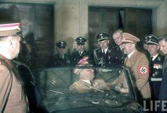 Hitler recibe de regalo de cumpleaños un KdF typ 60 Kabriolet. 20.04.1939