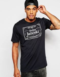 """T-shirt by Nike Skateboarding Soft-touch jersey Crew neck Branded print Regular fit - true to size Machine wash 60% Cotton, 40% Polyester Our model wears a size Medium and is 178cm/5'10"""" tall"""