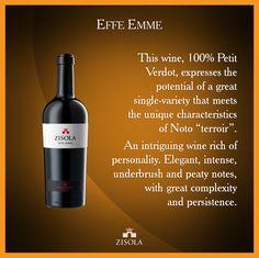 """Effe Emme - Sicilia I.G.T. Questo vino, 100% Petit Verdot, esprime il potenziale di un grande vitigno in purezza che incontra le caratteristiche uniche del """"terroir"""" di Noto, dando vita a un risultato intrigante e ricco di personalità. Elegante, intenso, note di sottobosco e torba, grande complessità e persistenza. @marchesimazzei #mazzei #zisola  #tuscany #wine"""
