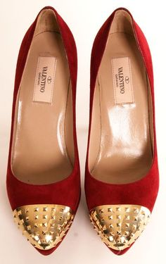 c27fc6e068 8 Desirable Moving Forward images | Fashion show, Moda femenina ...