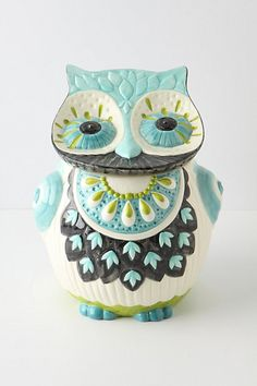 Bubo Cookie Jar from Anthropologie. I NEED this owl for my kitchen/owl collection! Owl Cookies, Cute Cookies, Cookies Et Biscuits, Owl Cookie Jars, Cookie Ideas, Cookie Cutters, Vintage Cookies, Owl Art, Cute Owl