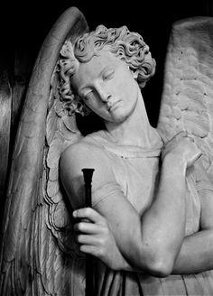 Angel Gabriel http://www.volakisgallery.com/data/photos/1657_1Arch_Angel_Gabriel_LB.jpg