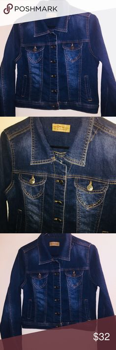 e29e427b64ed6a 💙NWOT C est Toi Cropped Denim Jacket New without tags A stretchy