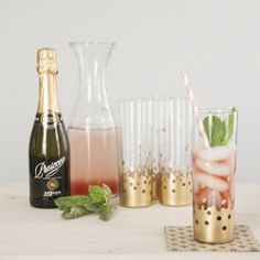 Shiny and sweet, gold confetti tumblers are a fun addition to your spring party (and perfect for happy hour!)