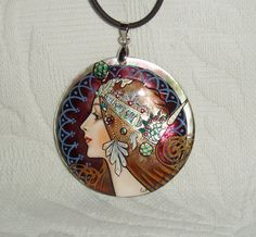 Hey, I found this really awesome Etsy listing at https://www.etsy.com/listing/177995841/handpainted-mother-of-pearl-necklace