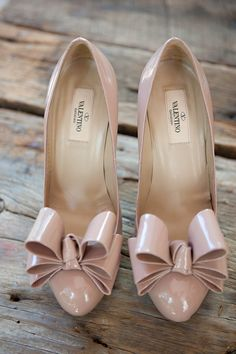 Valentino Bow pumps! These would look perfect with my prom dress.
