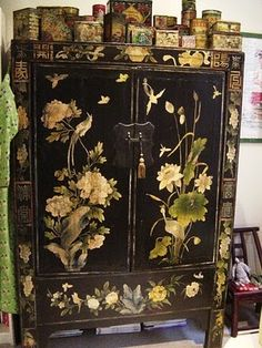 »☆Elysian-Interiors * Chinese & Asian Interiors #Interiordesign ~ Chinese tea tin collection on antique Chinese cabinet