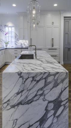 Calacatta Gold marble in Memphis kitchen