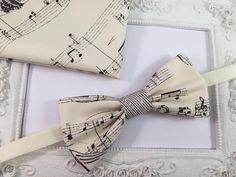 Noeuds papillon, SET Noeud Papillon Beige et Pochette Musique homme est une création orginale de FleursdeProvence sur DaWanda