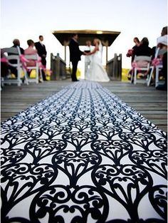 Pretty aisle runner in black and white.