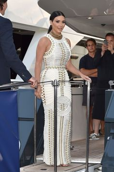 Kim Kardashian at the MailOnline Cannes Party in Cannes, France - Celebrity Style Report - Famous Kardashian Family, Kardashian Style, Kardashian Fashion, Kardashian Jenner, Celebrity Red Carpet, Celebrity Style, Kim K Style, African Inspired Fashion, African Fashion