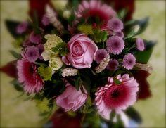 Eins schöner Blumenstrauß gehört zum Sommer, wie Rotkäppchen Rosé!