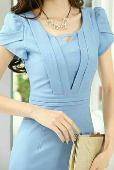 Pinterest photo - #bllusademujer #mujer #blusa #Blouse African Fashion, Korean Fashion, Modest Fashion, Fashion Dresses, Mode Hijab, Work Attire, Dress Patterns, Pretty Dresses, Blouse Designs