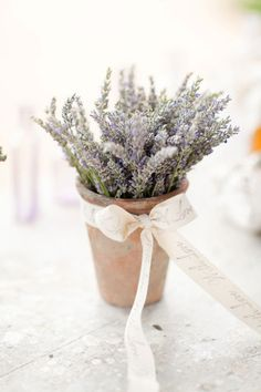 this would smell awesome with lavender (plus cheap! you could do this for like $3 a table)