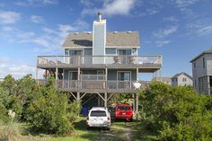 Whale Song: 4 Bedroom, 2 1/2 Bath - Pet Friendly - Oceanside- Waves NC