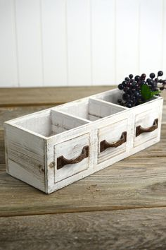 Wood Drawer Planter Box Drawer 3 Compartments - March 16 2019 at Wood Projects For Beginners, Small Wood Projects, Diy Pallet Projects, Popular Woodworking, Woodworking Projects, Woodworking Plans, Woodworking Furniture, Woodworking Videos, Woodworking Inspiration