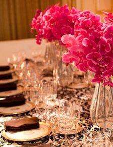 Flocking Damask Tablecloths Make For a Fantastic Valentine's Day Decor