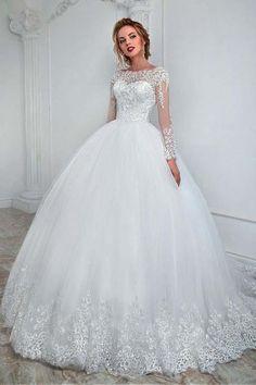 Elegant Bateau Neckline Ball Gown Wedding Dress With Lace Appliques