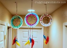 The Ultimate Guide to Feathers and our Dream Catcher Craft – Juggling With Kids Ceiling Hanging, Hanging Art, Cool Diy Projects, Art Projects, Art For Kids, Crafts For Kids, Big Kids, Dream Catcher Craft, Marble Painting