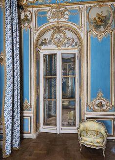 18th century at the Louvre, l'Hôtel Dangé-Villemaré drawing room