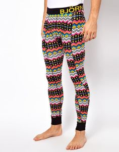 http://www.thestrengthfactor.com - we love leggings and meggings