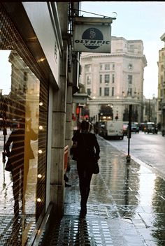 rain & reflection (by bigsplash)