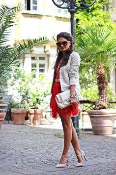 FashionHippieLoves: Three Floor Lace dress