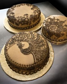 Henna Wedding Cakes | While the peacock design is a direct c… | Flickr - Photo Sharing!